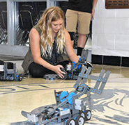 LJHS Lion Battlebots Go Head to Head!